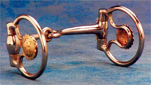 "2 1/2"" stainless steel rings and 5"" mouth. 1 1/2"" engraved conchas. Conchas are placed to allow full rein movement and to allow room for slobber strap if desired. An excellent snaffle for the show ring."