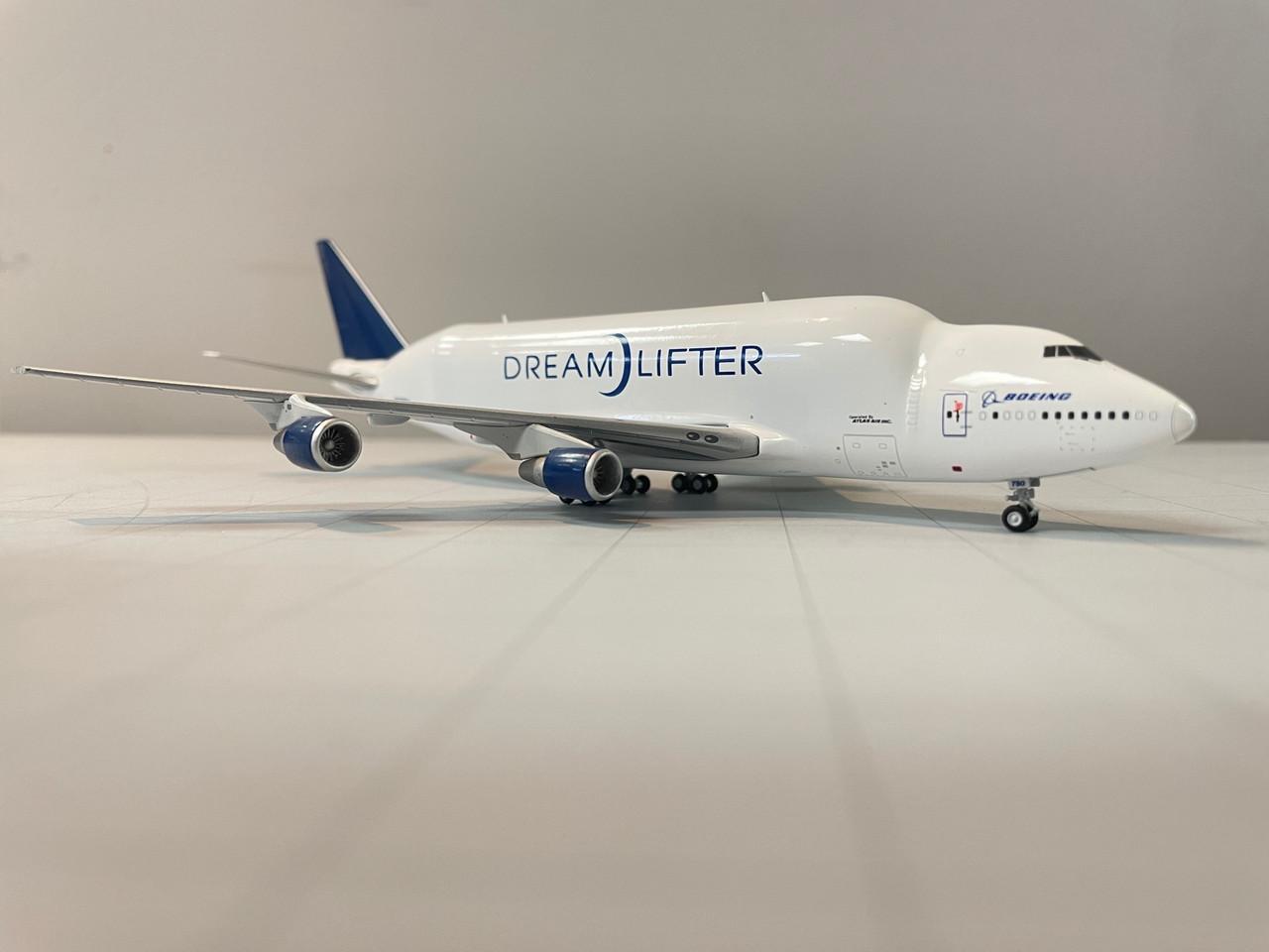 JCwings Boeing Dreamlifter 1/400