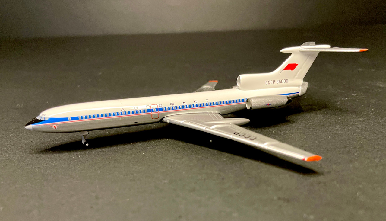Aeroclassics 1:400 Aeroflot TU-154 Prototype