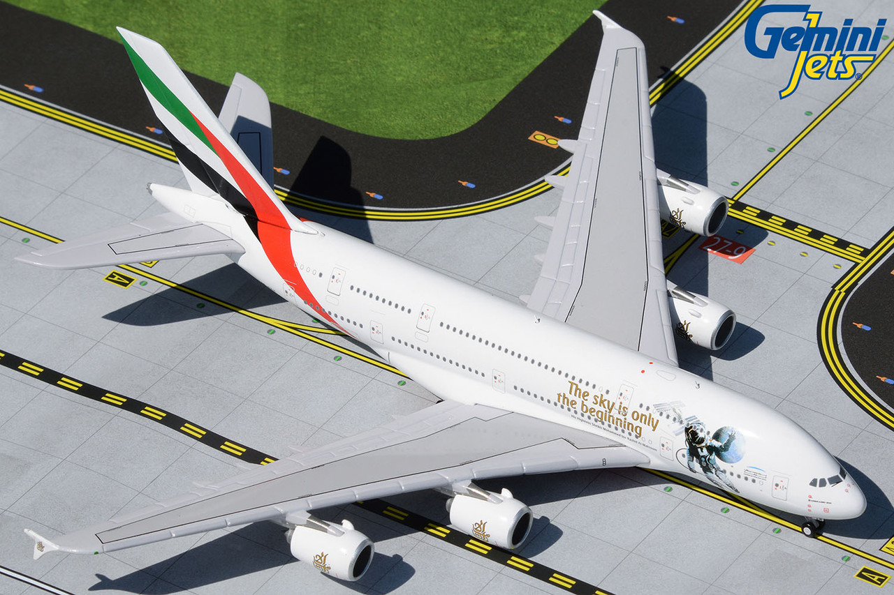 """Gemini 1:400 Emirates Airbus A380 (""""UAE in Space"""" Livery) A6-EEH"""