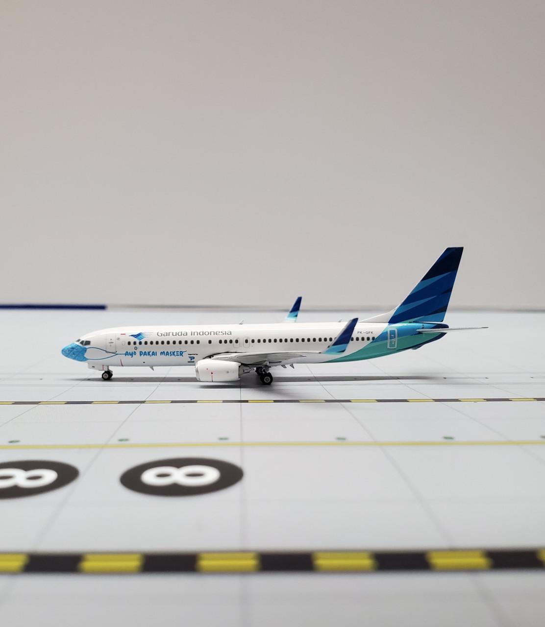 """Phoenix 1:400 Garuda Indonesia 737-800 """"Ayo Pakai Masker"""""""