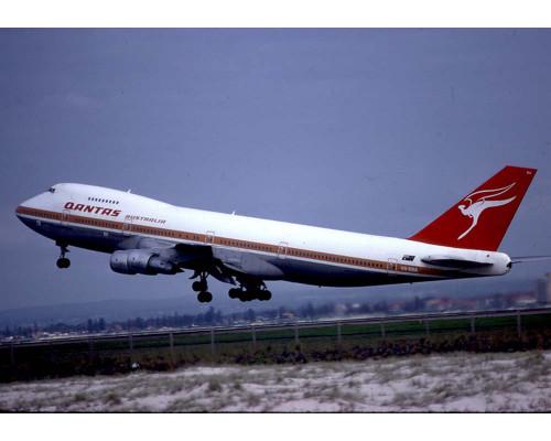 Phoenix 1:400 Qantas 747-200