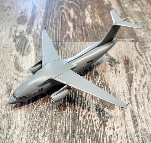 *DAMAGED MODEL* Herpa 1:200 Antonov Design Bereau AN-178