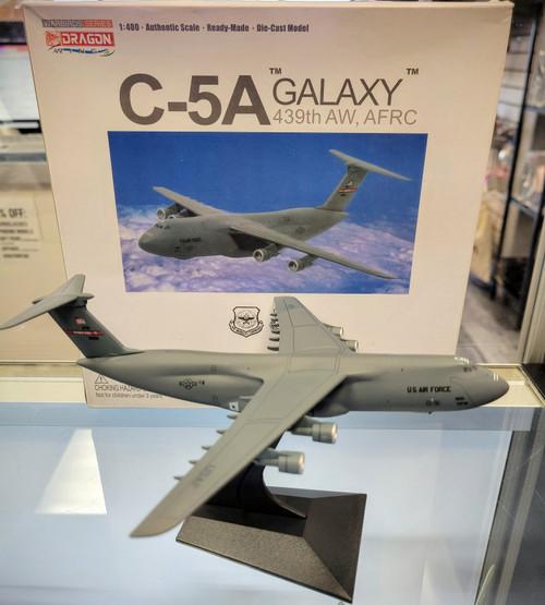 *DAMAGED MODEL* Dragon Wings 1:400 U.S.A.F C-5A Galaxy 439th AW, AFRC