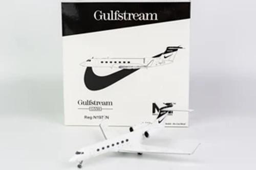 "NG Models 1:200 Nike Gulfstream G-550 ""2013's, White Livery"""