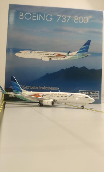 Phoenix 1:400 Garuda Indonesia 737-800 (Vaccine Livery)