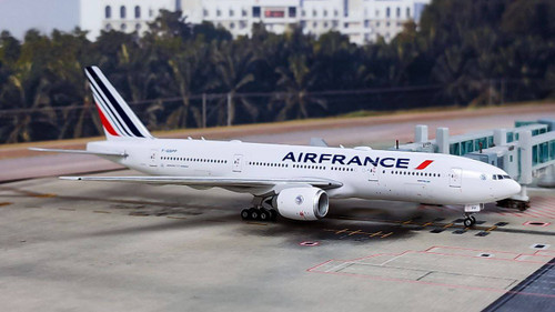 Phoenix 1:400 Air France 777-200ER F-GSPP