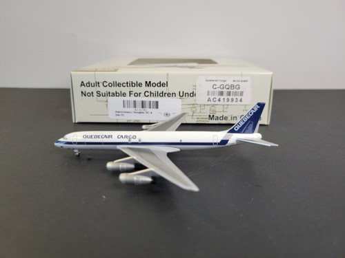 Aeroclassics 1:400 Quebecair Cargo DC-8-54