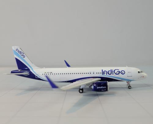Phoenix 1:400 IndiGo A320NEO ( VT-IZR)