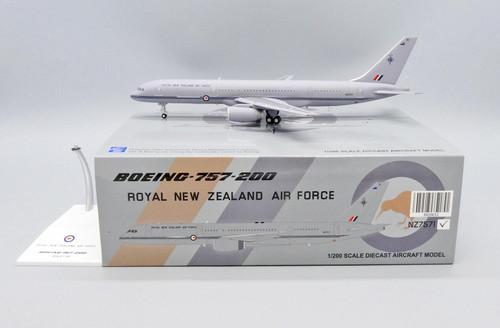 JC200 1:200 Royal Air New Zealand Air Force 757-200