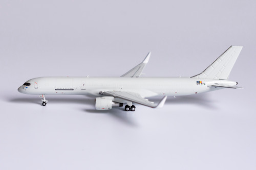 NG Models 1:400 ASL Airlines Belgium 757-200