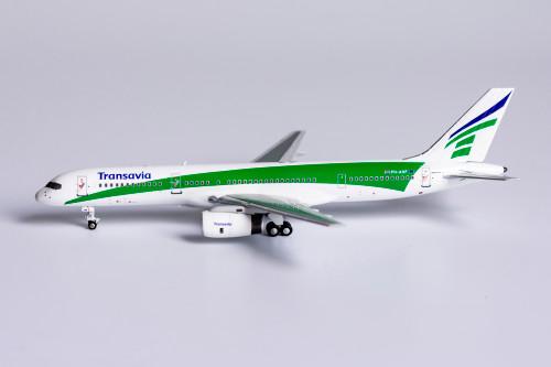 NG Models 1:400 Transavia Airlines 757-200