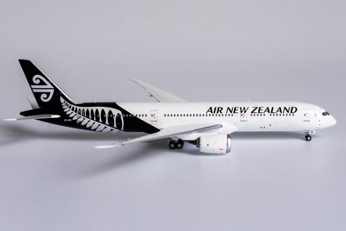NG Models 1:400 Air New Zealand 787-9
