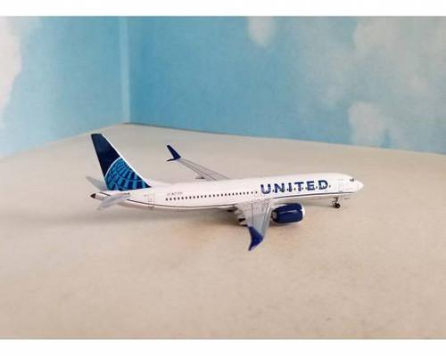 Aeroclassics 1:400 United Airlines 737-MAX-8