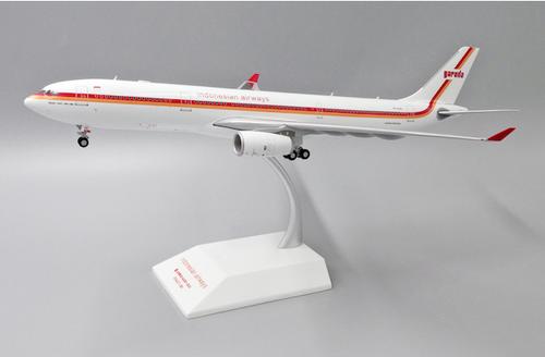 JC 1:200 Garuda Indonesia Airways Retro Livery A330-300 (JC2GIA270)