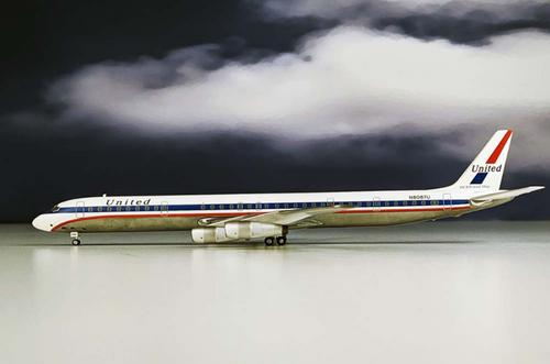 Aeroclassics 1:200 United DC-8-61 (N8087U 1:200)