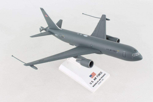 Skymarks Boeing KC-46A 1:200 (SKR995)
