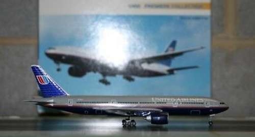 Dragon Wings 1:400 United Airlines 777-200