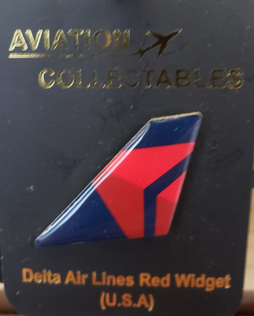 Lapel pin - Delta Airlines 3D Widget tail