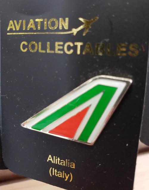Lapel pin - Alitalia tail