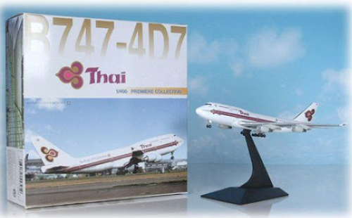 Dragon Wings 1:400 Thai International 747-400