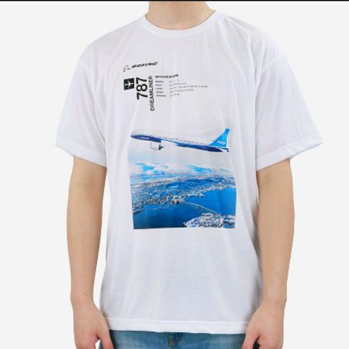 Boeing 787 Endeavors T-Shirt