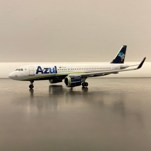 Aeroclassics 1:400 Azul A320NEO