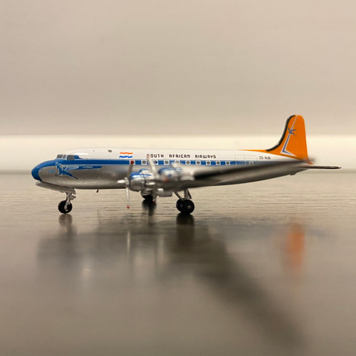 Aeroclassics 1:400 South African Airlines DC-4