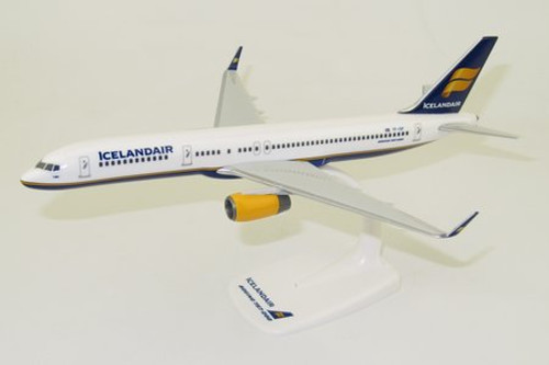 PPC Icelandair 757-200