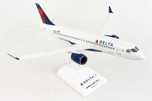 Skymarks 1:100  Delta A220-300