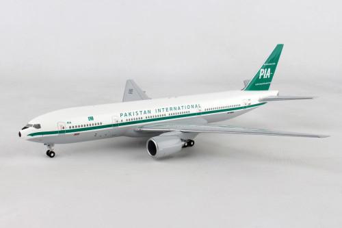 Hogan 1:200 Pakistan 777-200 Retro
