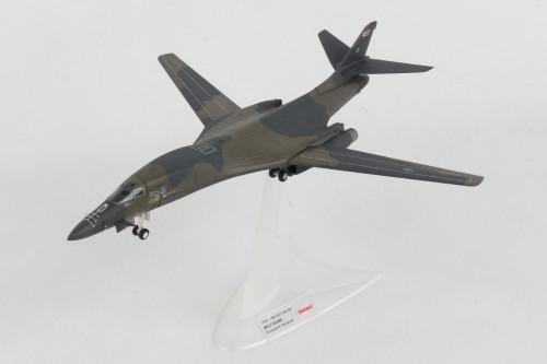 Herpa 1:200 USAF B-1B Wolfhound
