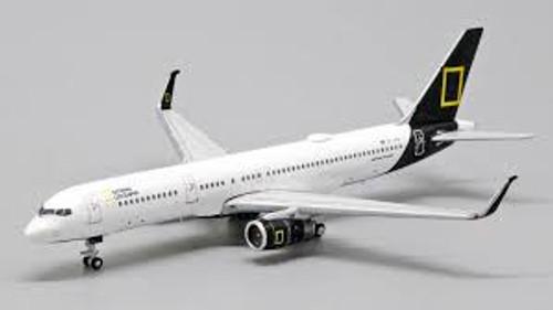 "JC400 1:400 Icelandair 757-200 ""National Geographic"""