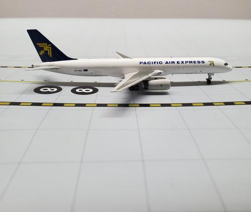 NG Models 1:400 Pacific Air Express 757-200