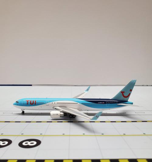 Phoenix 1:400 TUI 767-300ER