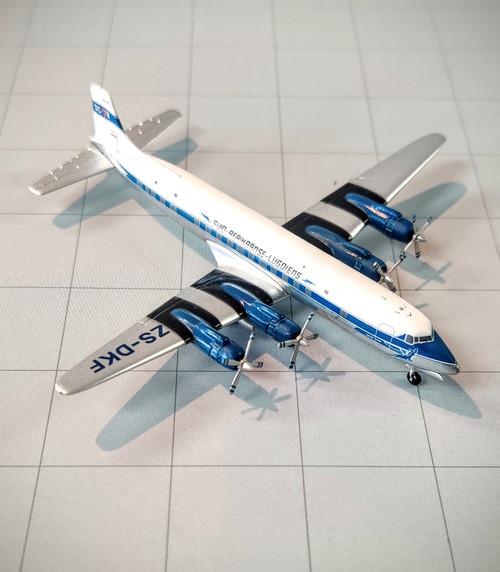 Aeroclassics 1:400 South African DC-7B - ZS-DKF