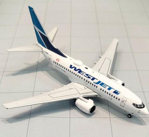 Prairie Models WestJet 737-600