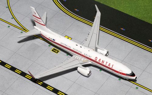 """Gemini200 1:200 Qantas 737 """"Retro Roo"""""""