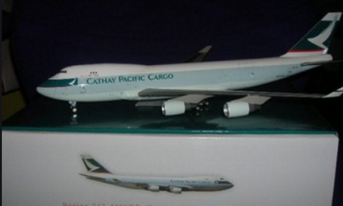 CXcitement Official 1:200 Cathay Pacific Cargo 747-400ERF