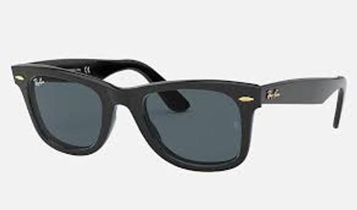 Ray-Ban Wayfarer Black Frame Blue/Grey Classic Sunglasses