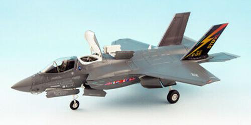 Hobbymaster 1:72 Lockheed F-35B STOVL USMC 2010