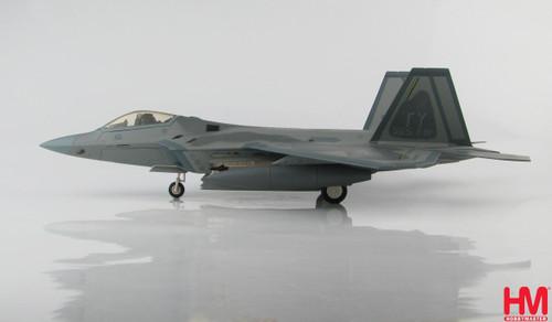 """Hobbymaster 1:72 F-22 Raptor """"Bay County"""""""