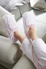 Intelex Warmies Cozy Body Pink Marshmallow Fur Microwavable Slippers