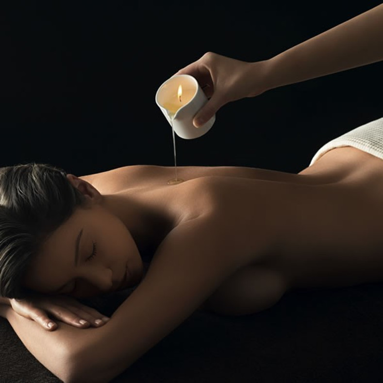 Benefits of a Hot Wax Candle Massage