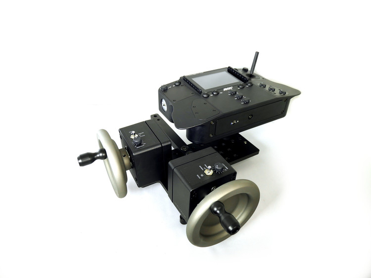 The Veracity Control Wheels for ARRI SRH-3 configured as a 2 Wheel Pan / Tilt.  Included hardware kit for mounting the  Veracity Wheels  with the ARRI SRH-3  Controller ( Supplied by customer )
