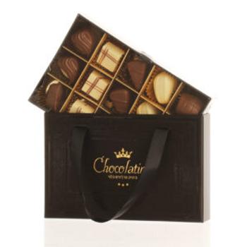 Luxurious package 15 pralines + bag