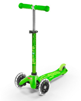 MICRO MINI DELUXE KICK SCOOTER (COLORS VARY)