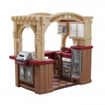 STEP 2 GRAND WALK-IN KITCHEN PLAYSET
