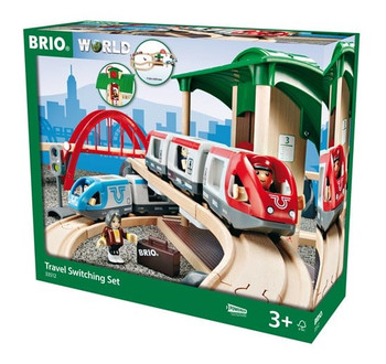 BRIO RAILWAY TRAVEL SWITCHING TRAIN SET