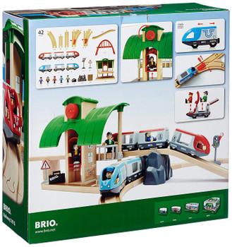 BRIO RAILWAY TRAVEL SWITCHING TRAIN SET